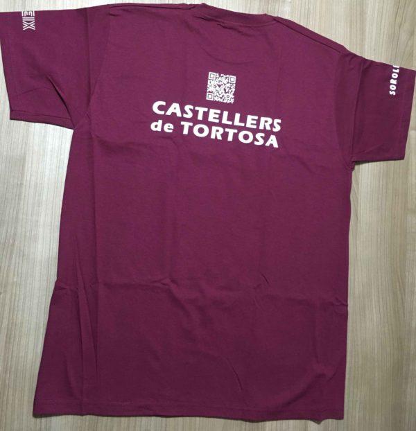 Detras de la camiseta dels Castellers de Tortosa